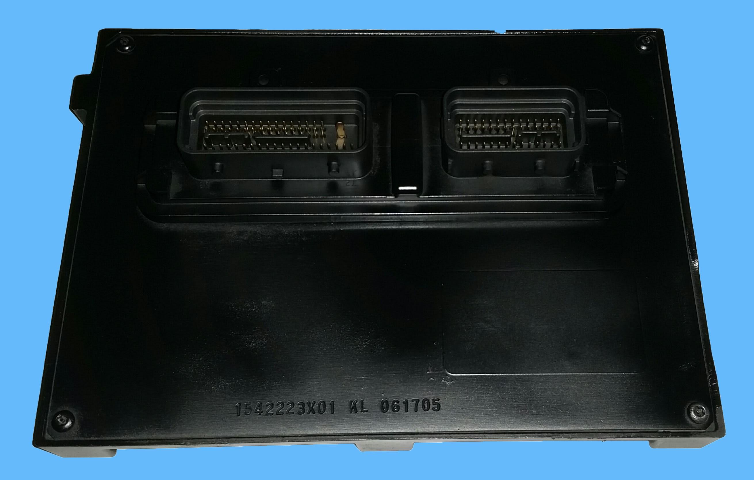 2005 Chevrolet Cobalt 2.2L Gas Engine Control Module ECM / ECU - Engine Control Module